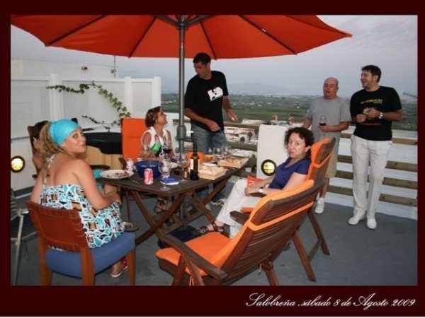 La terraza de casa de Encarni y Colin, un lujo