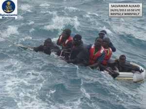 Estrecho de Gibraltar inmigrantes