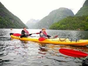 Viaje a Escandinavia kayac fiordo escondido