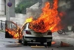 coche-ardiendo-4