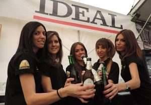 Cervezas Alhambra brindis
